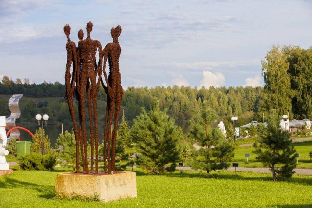park-skulptur-legenda-penza-foto-1024x683